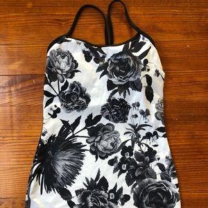 Lululemon Power Y tank black & white floral size 4